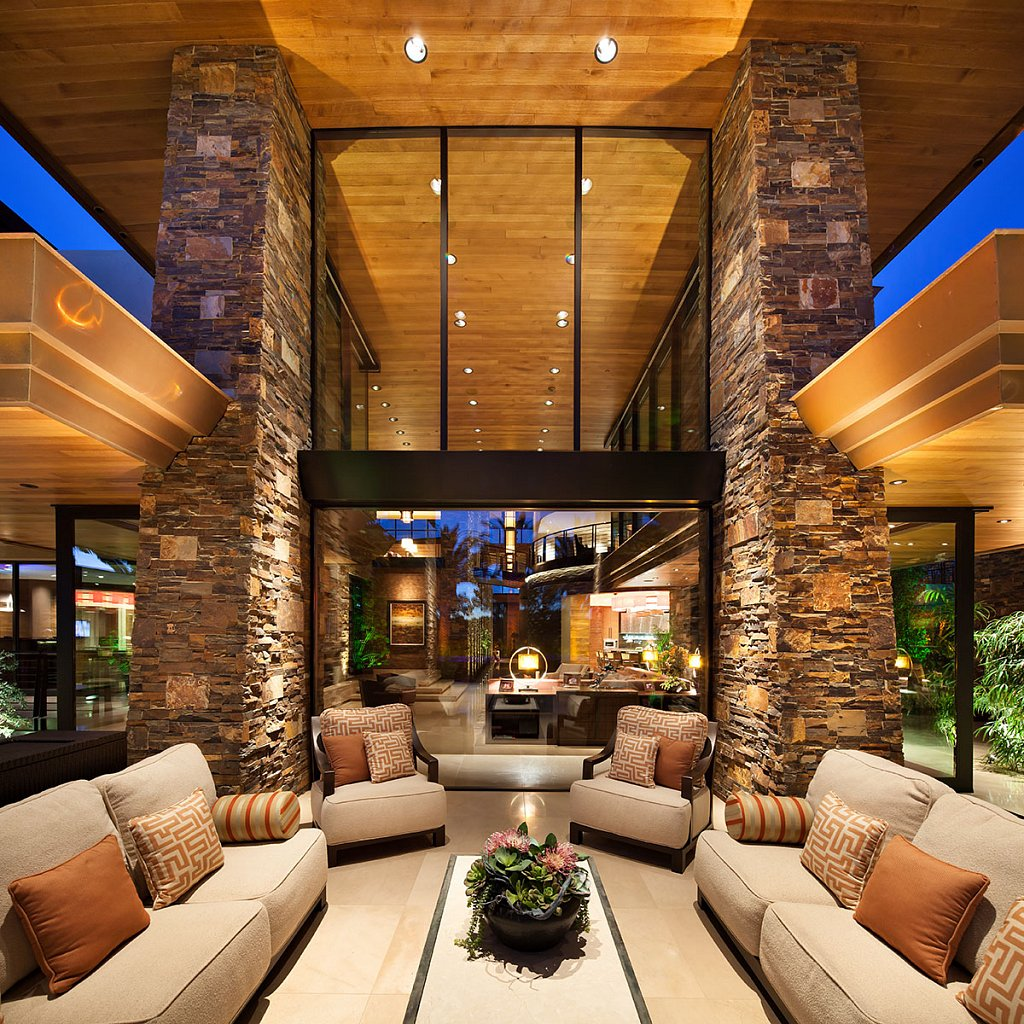 Contemporary Estate - patio