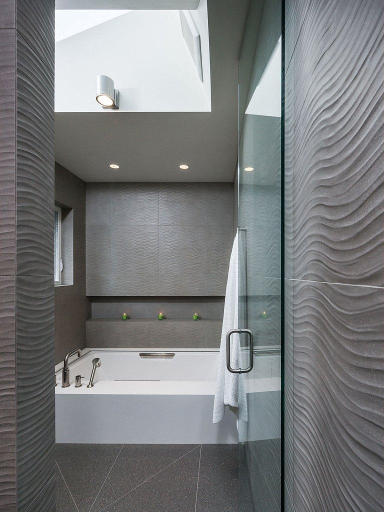 Jensen house - master bathroom